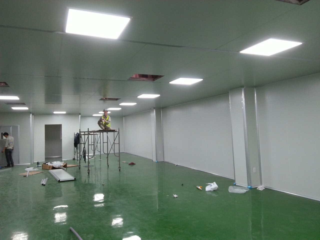 thi công hệ thống panel phòng sạch