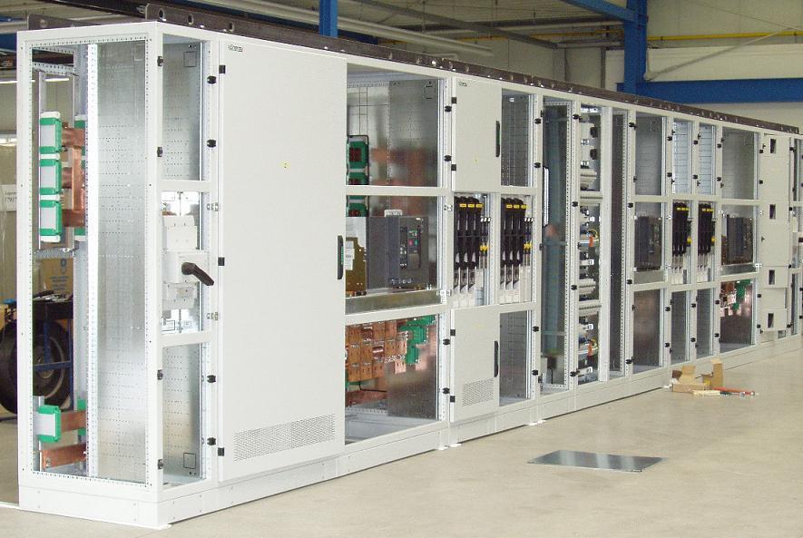 Thi công hệ thống tủ điện trong nhà xưởng